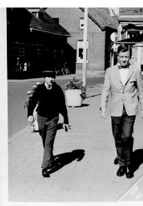 1962: met Frad Janssen in onze Plechtige Communie outfit