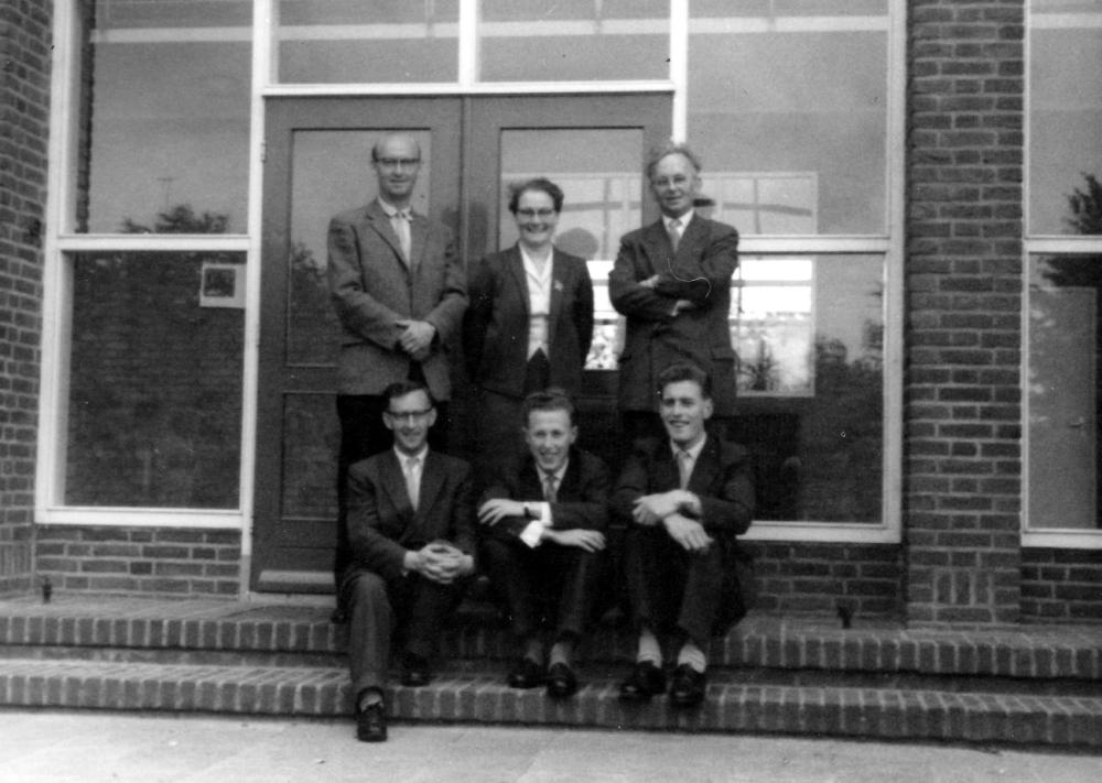 Theeuwen, Poels, Janssen Clephas, Hegmans, Jeuken.